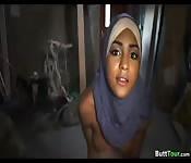 Árabe hace una mamada genial