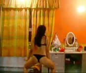 Dirty desi babe dancing
