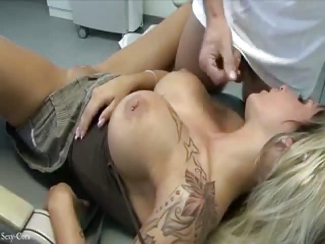 tettona video gratis donna succhia cazzo