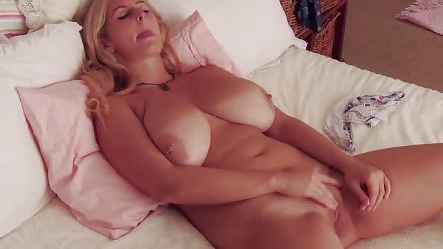 Titten Orgasmus