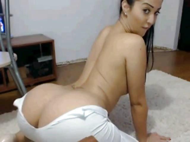 Fille latina sexy avec un beau corps