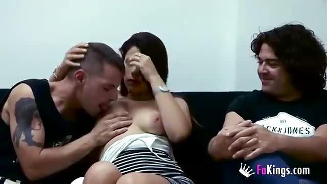 Una donna e due uomini