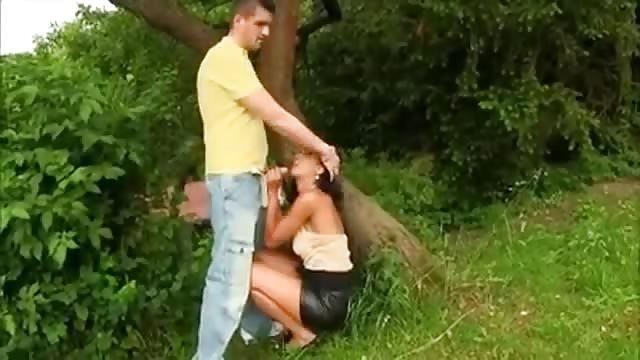 buiten strippers anale seks