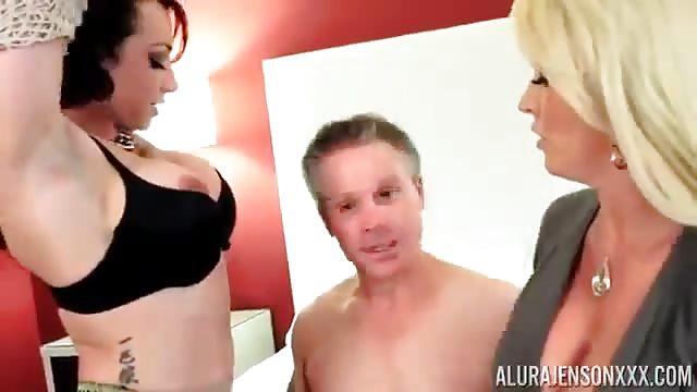 dos MILF porno mère fille sexe vidéos