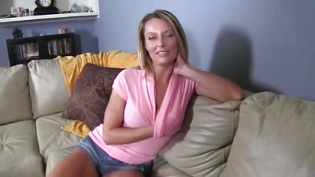 Girls gets quickie