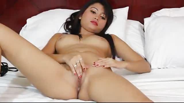 Azjatki uwielbiają wielki kutas