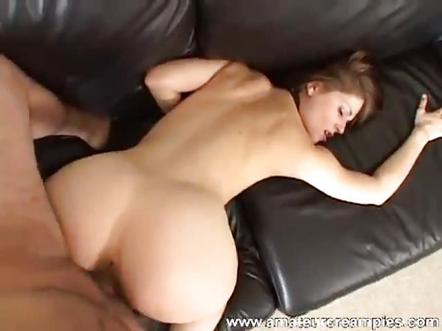 Genieten van een jonge slet haar lichaam
