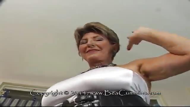 Oma bilder reife Sex Alte