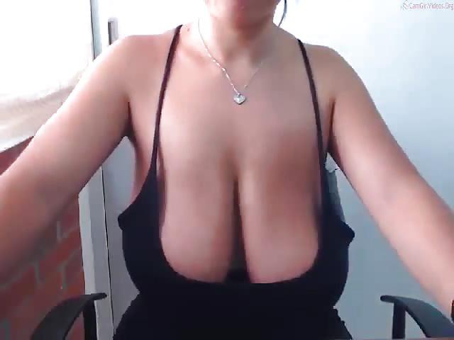 Hängetitten große Grosse Brüste:Vorteile,