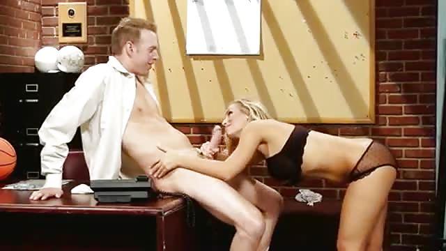 pornostar treffen dominante sekretärin