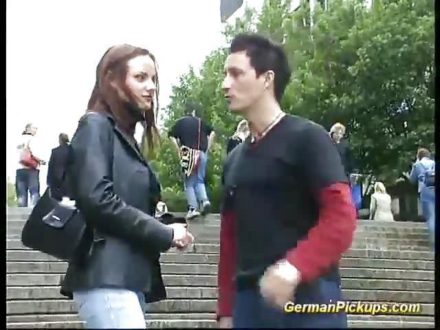 Duitse tiener opgepikt voor sexfilm