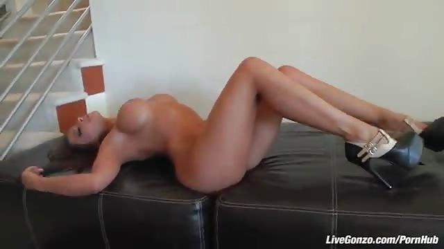 sexfriend annonce il baise une brune