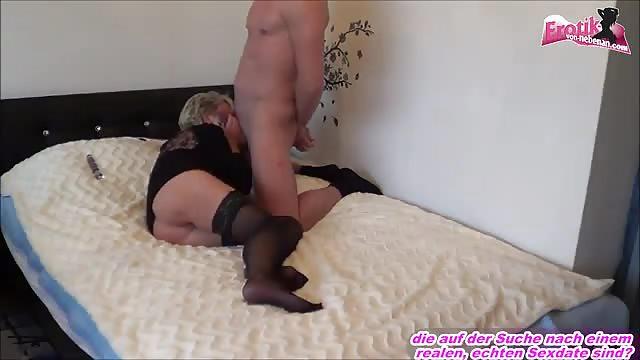 Oma Porno mit Granny und Jungem Kerl