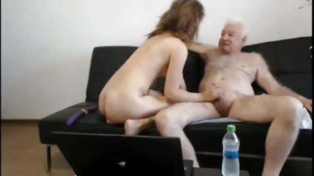 Vieil homme baise Teen Porn