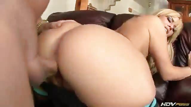 La femme parfaite baise dur - Pornodinguecom