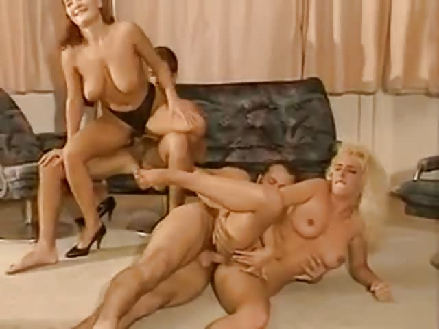 porno-videos kostenlos sara tommssi video porno orgie cousins