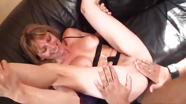 kutje wrijven erotische massage met sex