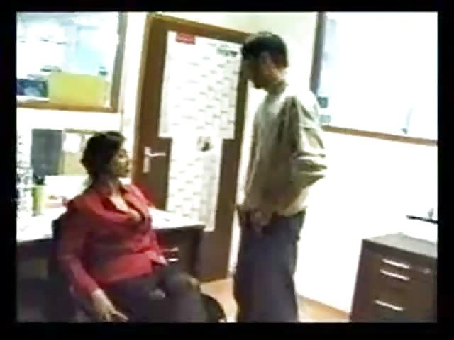 Indian secretary blows her boss