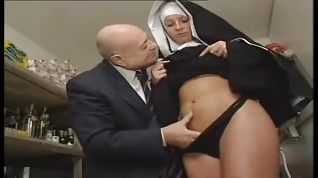 videos porno gratis de negras monjas calientes