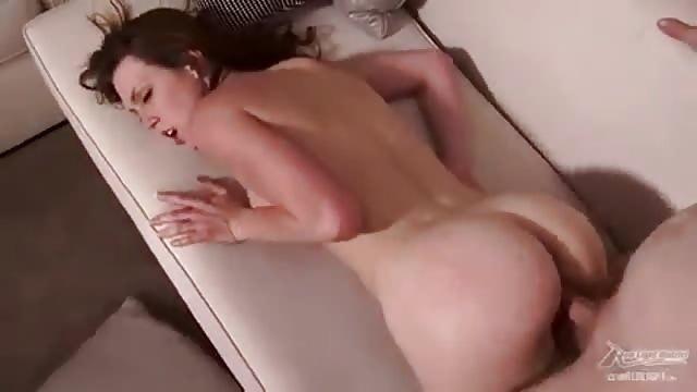 sex in ruil voor spullen behaarde lul