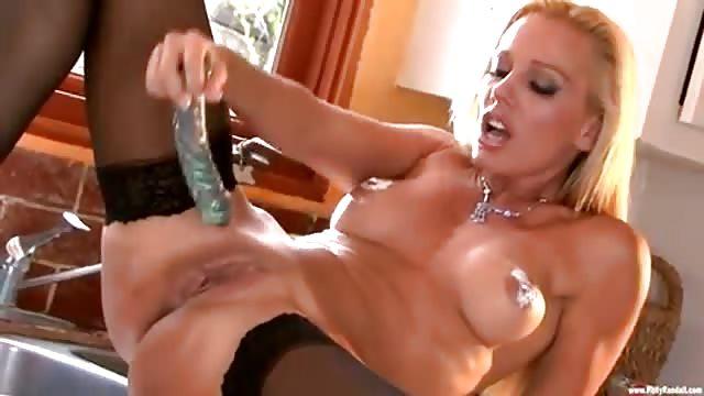 porn mamme italiane bionda si masturba