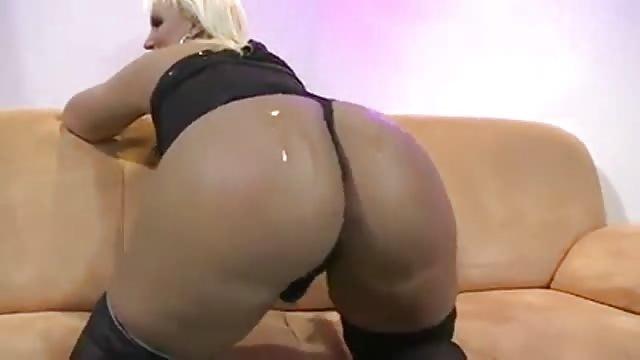 filme sexy alte milf lutscht fickt einen grossen schwanz