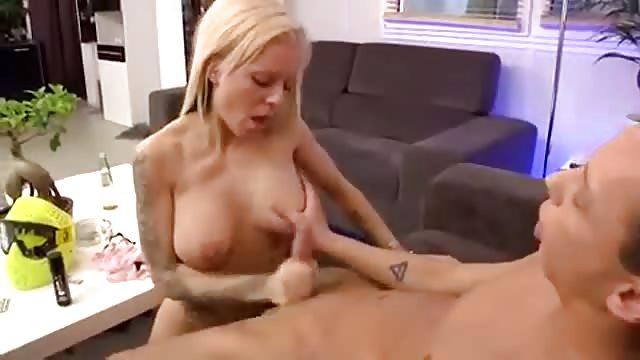 heisse schwägerin sex handjob
