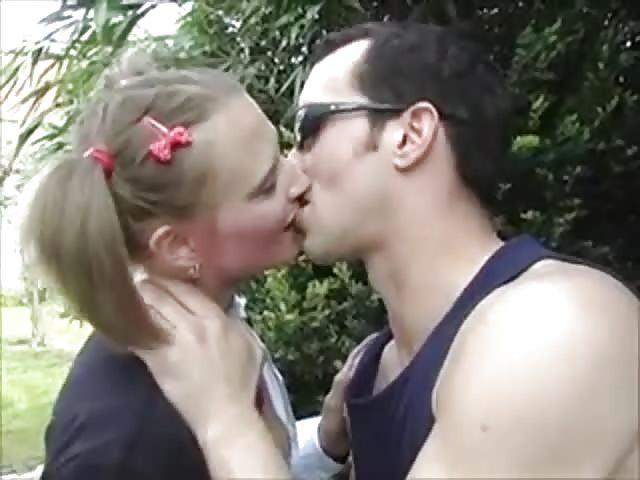Schlafkind bekommt Blowjob silvia Heiligen lesbischen Sex
