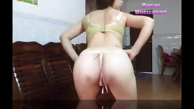 Lesbian milf pussy licking
