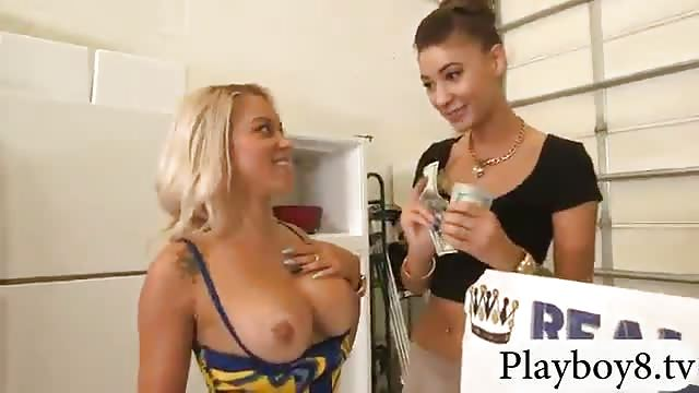 Sexy Blonde Czech Kyra Hot Flashes Her Big Boobs For Money Hq Porn Photo