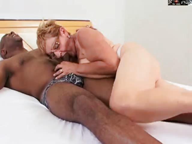 Vollbusige Reife Oma Gebumst Drpornofilme Com