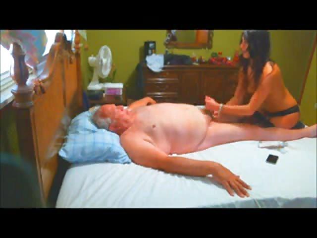 bekommt eine moesen massage