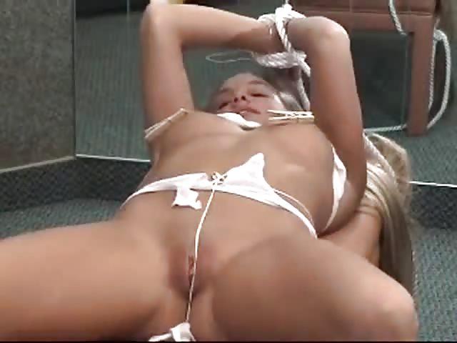 Hausgemachte gefesselte Sex