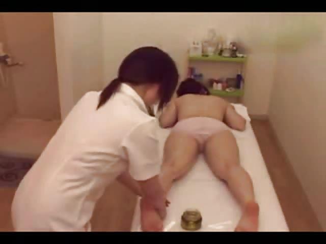 sexo lesbico massagem asiatica