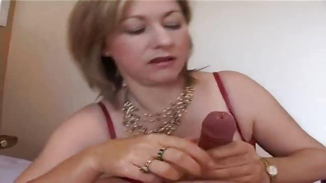 Mit dem Körper auf dem Schwanz - Drpornofilme.com