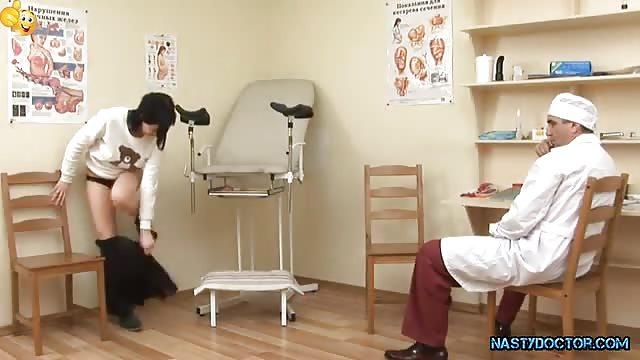 Штучка у гинеколога бэби фото #12