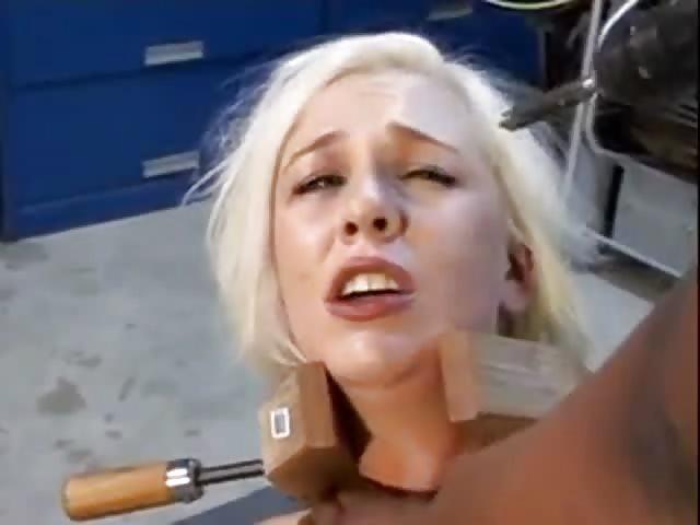 Slut blondes tied pussy sex images